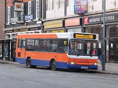 Centrebus 578 Leicester (Guy Arab UF) Tags: travel west bus buses happy pointer leicester birkenhead end dennis dart als slf 578 plaxton centrebus vu52uek