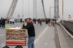 Simitci (Bernardo Ricci Armani PhotographingAround.Me) Tags: bosphorus bridge istanbul marathon nikond810 simit simitci turkey turkiye vodafoneistanbulmaratonu