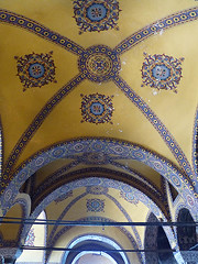 Ancient Painting (Kombizz) Tags: building architecture turkey painting ancient minaret muslim islam religion türkiye istanbul mosque dome sultan hagiasophia masjid turk osman greekorthodox ayasofya عثمان ashlar sanctasophia turkishempire ottomanempire republicofturkey ayasofyameydanı fatihsultanmehmed ancientpainting isidoreofmiletus anthemiusoftralles kombizz sanctasapientia ottomandynasty fatihdistrict 1070287