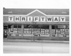664 Haddon Avenue (collingswoodlib) Tags: blackandwhite store newjersey 1982 storefront grocerystore grocery 1980s collingswood haddonavenue collingswoodpubliclibrary 664haddonavenue collingswoodthriftway