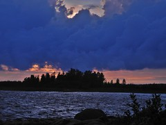 A late evening view from seashore near the Merihelmi camping  (Taipale, Ii, 20140728) (RainoL) Tags: sunset sea summer finland geotagged evening july balticsea ii op fin seashore taipale 201407 pohjoispohjanmaa merihelmi 20140728 20140727 geo:lon=2525583028 geo:lat=6552445098