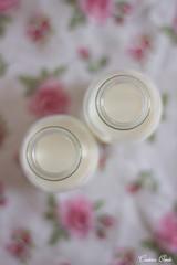 Botellas de leche (Cristina Ovede) Tags: leche laite milk botellas cristal stilllife stilllifephotography canon canonphotography