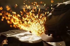 grinding (gienekwichura) Tags: bokeh bokehlicious jupiter8m