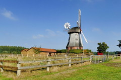 Mhle in Lbberstedt (antje whv) Tags: mhleninniedersachsen windmhlen windmill mhlen mills molen