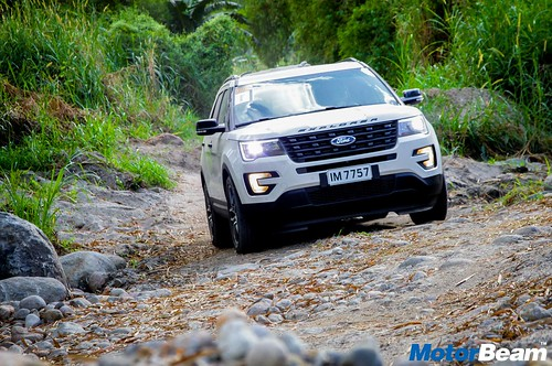 Ford-SUV-Experience-01