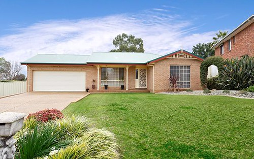 1 Ellwood Close, Bourkelands NSW 2650