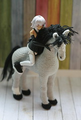Crochet horse (Floncat) Tags: handmade crochet horse figma actionfigures strength blackrockshooter