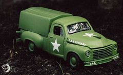 1949 Studebaker 2R Truck (lemcong91) Tags: diecast hobby 164 m2 m2machines studebaker 1949 49 2rtruck truck minhcong minicars vehicle usarmy