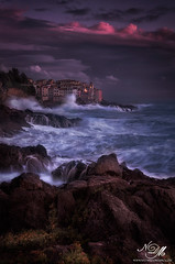 Tellaro e la sua magia... (FotoNazario2) Tags: seascape landscape sunset seastorm sea colorful colors rocks stones waves bigwaves wave light cliff tellaro liguria laspezia