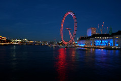 The London Eye (Lgh95) Tags: london eye long exposure red blue river thames south bank central wheel landmark night nightfall nighttime dusk dark water waterscape