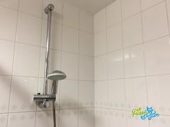 Badkamer voegen schoonmaken - Schoonmaakbedrijf Frisse Kater (FrisseKater) Tags: badkamer voegen frisse kater schoonmaken schoonmaak schoonmaakbedrijf schoonmaker reinigen reiniging dieptereiniging saneren herstellen
