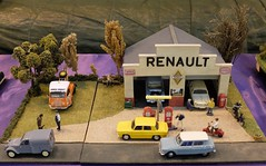 The world 39 s best photos of france and rivery flickr hive for Garage de france agent renault sainte consorce