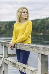 Lola (jevgenijmisevic@gmail.com +37067886207) Tags: blue autumn lake green girl beautiful yellow 50mm lola lolita photoset 600d