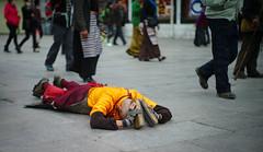 20140912-L1002888111222 (Dennis Wu6) Tags: street leica nepal 2 bw photography singapore 14 rangefinder tibet kathmandu 50 35 旅行 黑白 小印度 duba m9 人文 西藏 布达拉宫 街拍 尼泊尔 加德满都 博卡拉 大昭寺 新加坡 金沙 pokhra summcrion