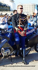 bootsservice 14 80160 1 (bootsservice) Tags: paris army uniform boots helmet motorcycles motorbike gloves moto bmw motorcycle uniforms weston bottes motard vincennes motos arme uniforme gendarme motorcyclists casque cuir motards gendarmerie uniformes gants gendarmes garde rpublicaine ridingboots