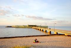 Kallbadhuset, Ribersborg, Malmö (Maria Eklind) Tags: ocean bridge autumn sea people beach sand sweden ribban ribersborg kallbadhuset kallis