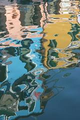 trecaseriflesso (stgio) Tags: water reflections colours acqua burano