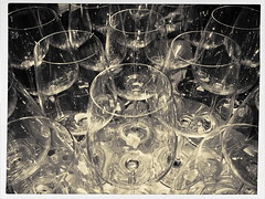 Sparkle (MPnormaleye) Tags: bw reflection glass monochrome shop retail glasses store shine wine display sparkle liquor utata shimmer glasswear