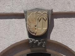 1936 Kthen Schlustein Sparkasse von Hans Heckner Lindenstrae 10a in 06366 (Bergfels) Tags: 1936 palme sparkasse beschriftet 3reich kthen finanz 1930er palmette finanzwirtschaft schlusstein lindenstrase 06366 bergfels bauschmuck 20jh architekturfhrer hansheckner