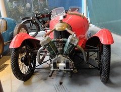 DARMONT Type DS (1929) licence MORGAN (xavnco2) Tags: red face museum rouge musée motorbike moto museo morgan rosso 1929 3wheeler motorrad cyclecar darmont automotovélo