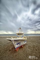 Bote (antoniodigital) Tags: de cabo barca barco playa gata almeria larga bote exposición filtro