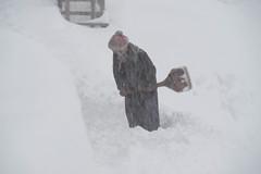 Snow storm at Shree Kharka 4080m (phhesse) Tags: schnee nepal oktober snow trekking snowstorm olympus circuit rund annapurna omd schneesturm 2014 em10 bilzzard