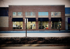 Vision of US 178: West Lane Ave Arlington-Columbus, Ohio (G*C*) Tags: columbus ohio west arlington fuji lane shops x20