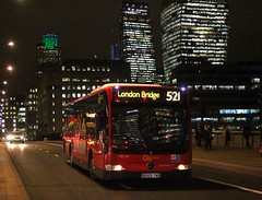 Take the Mercedes to the Station , but you will have to be quick . (AndrewHA's) Tags: londonbridge bus goahead london central mercedes benz citaro mec 36 bd09zwb tfl route 521 redarrow commuters dark dusk homeward bound