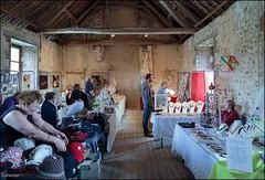 21me Salon dAutomne au Prieur de l'enfourchure  DIXMONT 89 (GK Sens-Yonne) Tags: prieurdelenfourchure dixmont prieur bourgogne yonne chapeau bijoux salonautomne