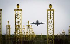 Brussels airport Zaventem (Sas & Rikske) Tags: brussels airport zaventem eric bruyninckx riksketervuren plane luchthaven landing vliegtuig