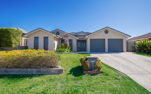 25 Jenna Dr, Raworth NSW 2321