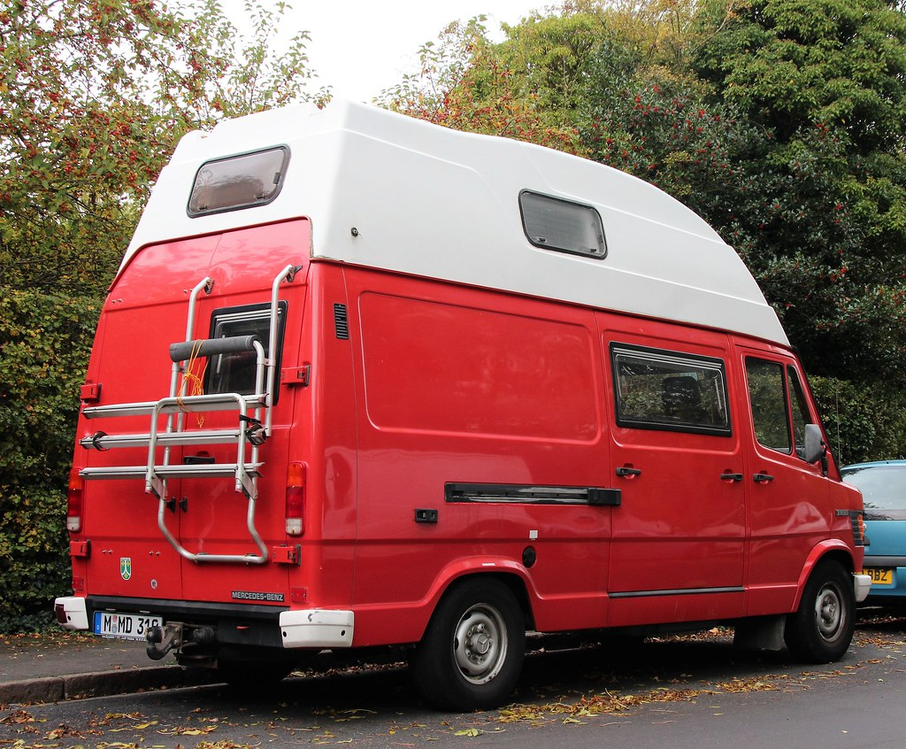 The world 39 s best photos of 310d and mercedes flickr hive for Mercedes benz camper