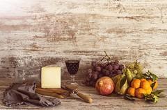 Bodegón fruta y queso (manu torras) Tags: lasrecetasdemanucom bodegón fruit fruta stillife alimentos