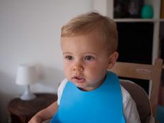 Hypnotisé (Dahrth) Tags: gf1 gf120 panasoniclumixgf1 lumixmicroquatretiers lumixμ43 micro43 microfourthirds raw bébé baby combelle cute mignon