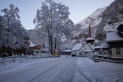 K a n d e r s t e g (Toni_V) Tags: m2402080 rangefinder digitalrangefinder messsucher leica leicam mp typ240 28mm elmaritm elmaritm1228asph winter snow schnee kandersteg berneroberland berneseoberland hiking wanderung escursione randonne switzerland schweiz suisse svizzera svizra europe alps alpen toniv 2016 161112 bahnhofstrasse