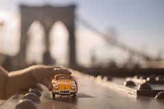 32/52 Medios de transporte (Nathalie Le Bris) Tags: 7dwf toy juego coche car newyork brooklyn lazos