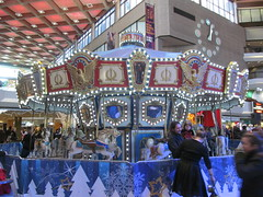 Carousel in Complexe Desjardins (Quevillon) Tags: canada qubec montral villemarie complexedesjardins mouvementdesjardins shoppingmall carousel