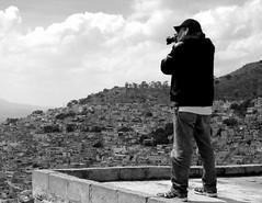 Haciendo lo que me gusta (Raul Jaso) Tags: bw byn mexico photographer y panoramic e panoramica nero fotografo pachuca whiteblack vistapanoramica negroblack whitebianco pachucadesoto dmcfh8 panasonicdmcfh8 rauljaso viewblanco rauljasofotografia rauljasophotography