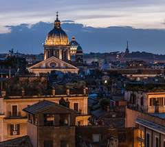 Rome - View from Spanish Steps (claudecastor) Tags: city italien sunset italy panorama vatican rome roma church architecture abend italia cityscape sonnenuntergang nightshot cathedral dom basilica kirche stadt dome bluehour rom spanishsteps basilika nachtaufnahme vatikan blauestunde spanischetreppe