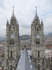 Quito 2-8