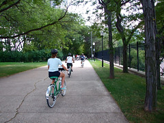 "Green Bikes Touring Chicago • <a style=""font-size:0.8em;"" href=""http://www.flickr.com/photos/34843984@N07/15360908788/"" target=""_blank"">View on Flickr</a>"
