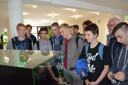 Students visit LZH, Germany
