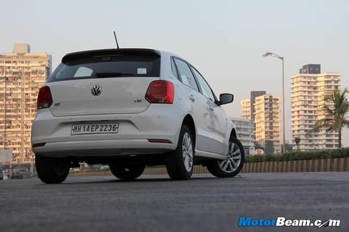 2015-Volkswagen-GT-TSI-04