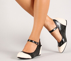 "two tone mary jane oxford wedge 100 blk white • <a style=""font-size:0.8em;"" href=""http://www.flickr.com/photos/64360322@N06/15559026025/"" target=""_blank"">View on Flickr</a>"
