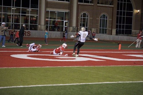 "Just caught a big TD pass in double coverage against Glen Rose. 11.7.2014. Sophomore year. • <a style=""font-size:0.8em;"" href=""http://www.flickr.com/photos/38444578@N04/15579039599/"" target=""_blank"">View on Flickr</a>"
