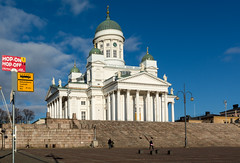 Helsinki Cathedral on a cold, sunny day (Poupetta) Tags: blue people sunlight stairs finland helsinki skies cathedral busstop hoponhopoff