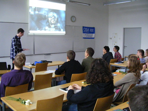 OSA Student Chapter outreach to high-school in Poland
