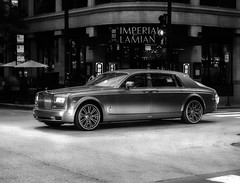 Vulgar Beauty (piano62) Tags: rollsroyce cars thesuperrich theonepercenters chicago statestreet streetscenes nikond750 nikon70200f28vr