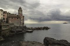 Tellaro (Stefano Belvisi) Tags: liguria tellaro fiascherino lerici laspezia sangiorgio chiesa church mare sea isola del tino