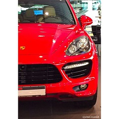 Red theme #porsche #cayenne #turbo #red #cars #kuwait #follow4follow #iphone #iphoneography #car (Jehan.Muraish) Tags: red car cayenne porsche